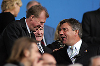 Photo: Paul Thomas.<br /> Bolton Wanderers v Liverpool. The Barclays Premiership. 30/09/2006.<br /> <br /> Steve McClaren (L) England manager talks with Bolton manager Sam Allardyce before the game.