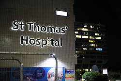 © Licensed to London News Pictures. 06/04/2020. London, UK. St Thomas' Hospital in central London where British Prime Minster Boris Johnson, who has contracted COVID-19, has been admitted to the intensive care unit after his conditioned worsened. The United Kingdom has started a third week of lockdown in an attempt to halt the spread of the coronavirus Covid-19. Photo credit: Peter Macdiarmid/LNP