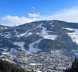 15.01.2013, Schladming, AUT, FIS Weltmeisterschaften Ski Alpin, Schladming 2013, Vorberichte, im Bild Schladming und die Planai am 15.01.2013 // Schladming and the Planai on 2013/01/15, preview to the FIS Alpine World Ski Championships 2013 at Schladming, Austria on 2013/01/15. EXPA Pictures © 2013, PhotoCredit: EXPA/ Martin Huber