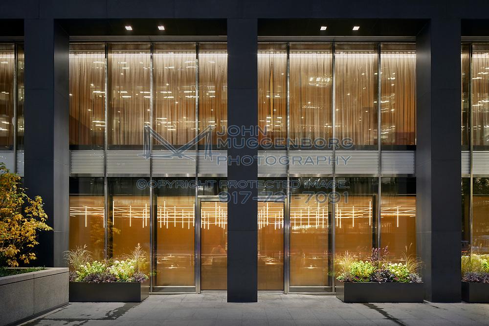 The Four Seasons Restaurant in New York City with lighting design by Tillotson Design Associates. Photograph by John Muggenborg.
