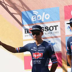 08-08-2020: Wielrennen: Milaan-San Remo: San Remo <br />Mathieu van der Poel, Oscar Riesebeek