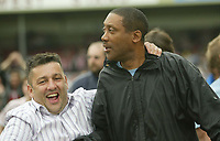 Photo: Aidan Ellis.<br /> Lincoln City v Rochdale. Coca Cola League 2. 06/05/2006.<br /> A Lincoln fan congratulates Keith Alexander