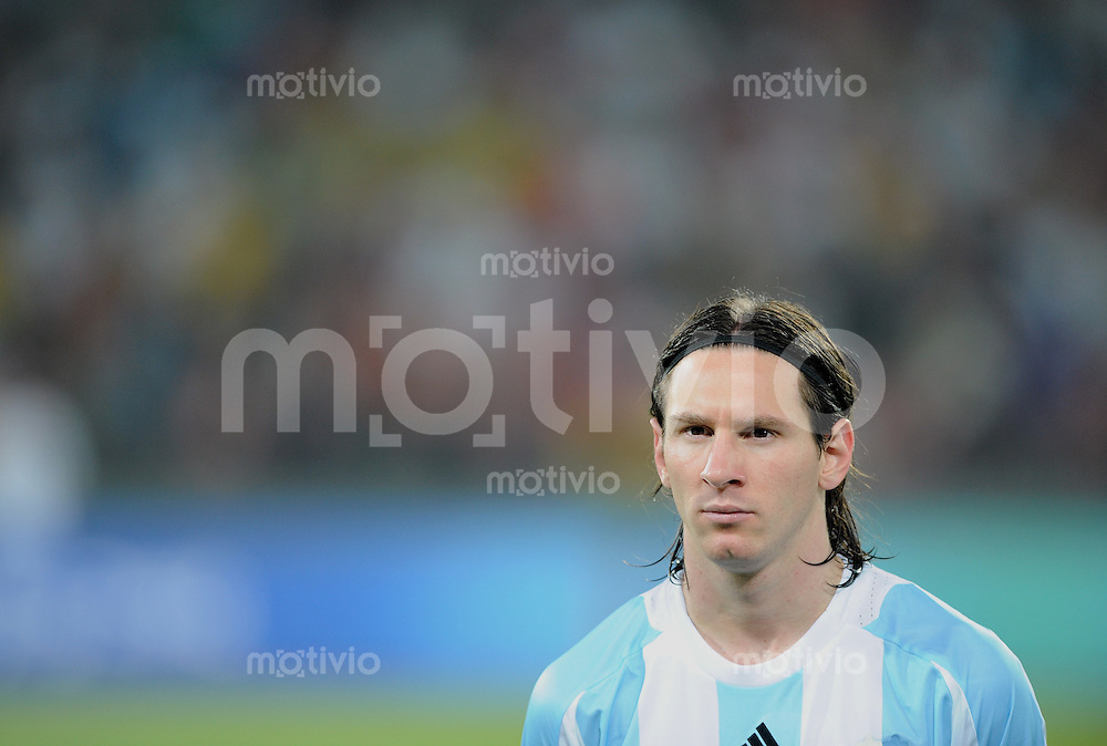 Olympia 2008  Peking  Fussball Halbfinale  Maenner 19.08.2008 Argentinien - Brasilien Lionel Messi (ARG)
