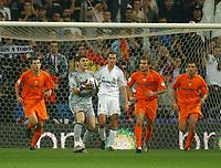 L-R. David navarro, Iker Casillas, Ivan Helguera, Ruben Baraja and Carlos Marchena. Spanish La Liga. Real Madrid v Valencia. Madrid. October 23, 2004. (Photo/Alvaro Hernandez).<br /> <br /> Foto Graffiti