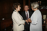 Maureen Lipman, Ian Hislop and Kate Adie. Krug host the launch of Kathy Lette's book. ' How to Kill Your Husband' the Courthouse Hotel Great Marlborough St. London. 26 April 2006. ONE TIME USE ONLY - DO NOT ARCHIVE  © Copyright Photograph by Dafydd Jones 66 Stockwell Park Rd. London SW9 0DA Tel 020 7733 0108 www.dafjones.com