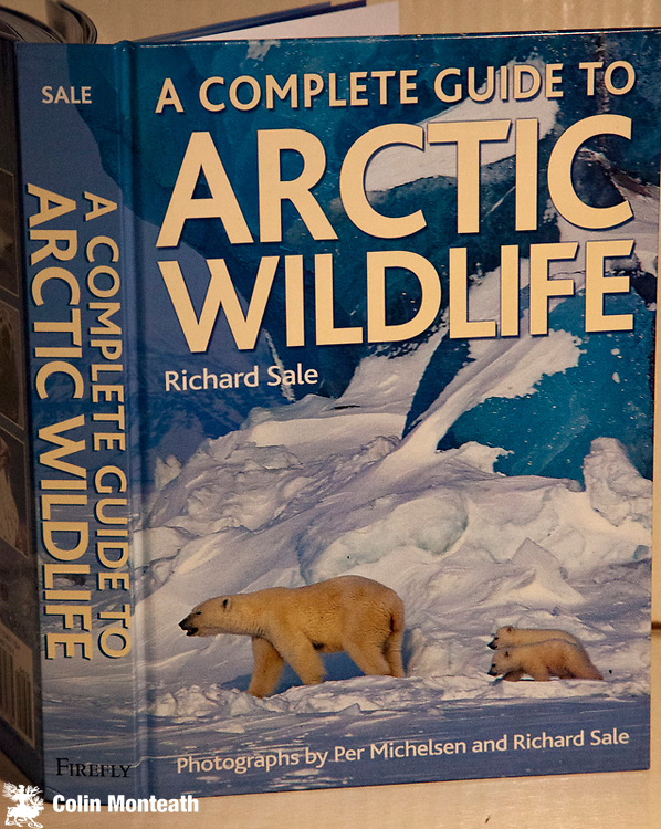 ARCTIC WILDLIFE - A complete guide - Richard Sale, Firefly Books, 2006, 1st edn Hardback no jacket as issued, A most comprehensive and beautifully illustrated handbook to all the bird and mammal species found in the Arctic Basin, each with a distribution map. The guide contains in-depth sections on the geology and geography of the area, climate, ecology, species diversity and biogeography, a review of the peoples of the Arctic, and a discussion of the impact of human activity on this fragile environment.A thorough & professionally done publication. $NZ75