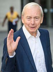 © Licensed to London News Pictures. 19/09/2019. London, UK. Veteran broadcaster JOHN HUMPHRYS is seen waving to photographers as he leaving BBC Broadcasting House in London following his final day on the BBC Radio 4 Today Programme. Photo credit: Ben Cawthra/LNP
