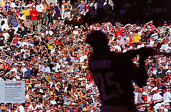 Barry Bonds during Home Run Derby in Seattle, Sports Illustrated, 2001