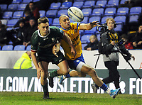 Rugby Union - 2019 / 2020 Gallagher Premiership - London Irish vs. Bath<br /> <br /> Jonathan Joseph of Bath dives for the line with Ben Meehan of London Irish, at Madejski Stadium.<br /> <br /> COLORSPORT/ANDREW COWIE
