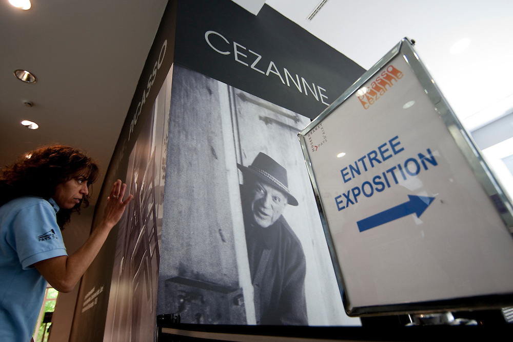 """Insid of the Musée Granet hosting a """"Picasso Cézanne* exibition."""