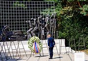 DEN HAAG, 15-08-2020, Indisch Monument<br /> <br /> Koning Willem Alexander en minister-president Mark Rutte Tijdens de nationale herdenking bij van de capitulatie van Japan op 15 augustus 1945 bij het Indisch Monument in Den Haag. Met de capitulatie van Japan kwam vijfenzeventig jaar geleden een einde aan de Tweede Wereldoorlog. <br /> <br /> King Willem Alexander and Prime Minister Mark Rutte During the national commemoration of the capitulation of Japan on 15 August 1945 at the Indisch Monument in The Hague. Seventy-five years ago, the capitulation of Japan ended World War II.