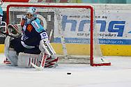 24.Feb.2012; Rapperswil-Jona; Eishockey NLA - Rapperswil-Jona Lakers - EV Zug; Torhueter Lukas Meili (LAK)<br />  (Thomas Oswald)