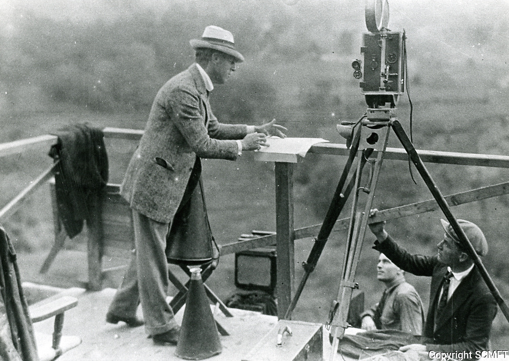 1923 DW Griffith filming America