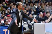 DESCRIZIONE : Varese Lega A 2015-16 <br /> GIOCATORE : Paolo Moretti<br /> CATEGORIA : Mani  Allenatore Coach Ritratto Esultanza<br /> SQUADRA : Openjobmetis Varese<br /> EVENTO : Campionato Lega A 2015-2016<br /> GARA : Openjobmetis Varese Giorgio Tesi Group Pistoia<br /> DATA : 03/04/2016<br /> SPORT : Pallacanestro<br /> AUTORE : Agenzia Ciamillo-Castoria/M.Ozbot<br /> Galleria : Lega Basket A 2015-2016 <br /> Fotonotizia: Varese Lega A 2015-16