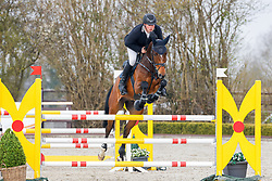 08.1, Youngster-Springprfg. Kl. M* 6+7j. Pferde, Ehlersdorf, Reitanlage Jörg Naeve, 29.04. - 02.05.2021,, Jan Philipp Schultz (GER), Vittorio S,