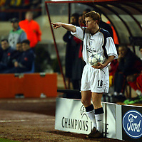 Fotball: Liverpool John Arne Riise sets up for a throw-in against Galatasaray during the UEFA Champions League Group B match at the Ali Sami Yen stadium in Istanbul, Turkey.<br /><br />26.02.2002<br /><br />Foto: David Rawcliffe/Digitalsport