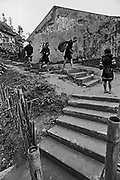 Vietnam, Sapa :  Black H'mong minorities