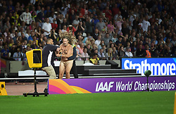 August 5, 2017 - London, Great Britain - Streaker..IAAF World Championships, Day 2, London, UK, 2017-08-05..(c) WIXTRÖM JIMMY  / Aftonbladet / IBL BildbyrÃ¥....* * * EXPRESSEN OUT * * *....AFTONBLADET / 85325 (Credit Image: © WixtrÖM Jimmy/Aftonbladet/IBL via ZUMA Wire)