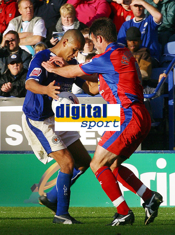 Photo: Dave Linney.<br />Leicester City v Crystal Palace. Coca Cola Championship. 21/10/2006Leicester's .Patrick Kisnorbo(L)  battles for the ball with  Dougie Freedman