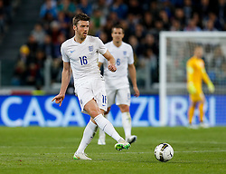 Michael Carrick of England in action - Photo mandatory by-line: Rogan Thomson/JMP - 07966 386802 - 31/03/2015 - SPORT - FOOTBALL - Turin, Italy - Juventus Stadium - Italy v England - FIFA International Friendly Match.