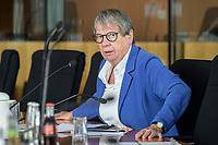 30 AUG 2020, BERLIN/GERMANY:<br /> Barabara Hendricks, MdB, SPD, Bundesministerin a.D., Paul-Loebe-Haus, Deutscher Bundestag<br /> IMAGE: 20200830-01