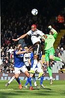 Football - 2018 / 2019 Premier League - Fulham vs. Everton<br /> <br /> Ryan Babel Fulham & Jordan Pickford Everton  leap for the ball , at Craven Cottage.<br /> <br /> COLORSPORT/WINSTON BYNORTH