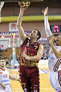 DESCRIZIONE : Milano Lega A 2013-14 Cimberio Varese vs Umana Reyer Venezia <br /> GIOCATORE : Rosselli Guido<br /> CATEGORIA :  Tiro<br /> SQUADRA :Umana Venezia<br /> EVENTO : Campionato Lega A 2013-2014<br /> GARA : Cimberio Varese vs Umana Reyer Venezia<br /> DATA : 27/10/2013<br /> SPORT : Pallacanestro <br /> AUTORE : Agenzia Ciamillo-Castoria/I.Mancini<br /> Galleria : Lega Basket A 2013-2014  <br /> Fotonotizia : Milano Lega A 2013-14 EA7 Cimberio Varese vs Umana Reyer Venezia<br /> Predefinita :