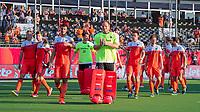 ANTWERPEN -  Het Nederlands team na  de troostfinale mannen om de derde plaats, Duitsland-Nederland (0-4) ,  bij het Europees kampioenschap hockey. In het midden keeper Pirmin Blaak (Ned)  en Glenn Schuurman (Ned)  COPYRIGHT KOEN SUYK