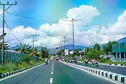 Very well kept main roads, very similar to the main roads of Vietnam.