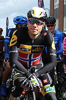 Sykkel<br /> Artic Race 2015<br /> Foto: imago/Digitalsport<br /> NORWAY ONLY<br /> <br /> Edvald BOASSON HAGEN ( NOR / MTN Qhubeka p/b Sasmung ) kurz vor dem Start zur ersten Etappe des Arctic Race of Norway in Harstad - Hochformat - hoch - vertikal - Event / Veranstaltung: 3. Arctic Race of Norway 2015 - Stage 1 / 1.Etappe: Harstad nach Harstad 210.0 km - Location / Ort: Harstad - Troms - Norway - Norwegen - Europe - Europa - Date / Datum: 13.08.2015