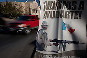 A sign asking citizens to inform on drug criminals along a road in Juarez, Mexico January 17, 2009. An ongoing drug war has already claimed more than 40 people since the start of the year. More than 1600 people were killed in Juarez in 2008, making Juarez the most violent city in Mexico.    (Photo by Richard Ellis)