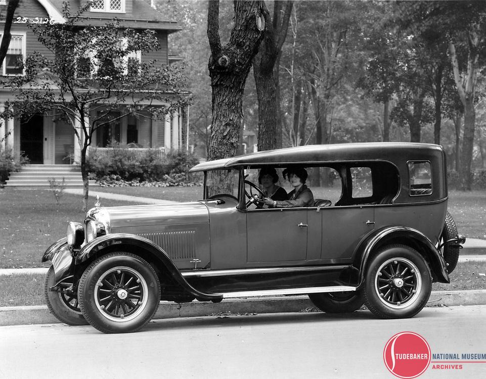 1925 Studebaker Big Six Duplex Phaeton