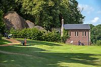 Margraten  - Green hole 9 .  met bidkapel en Lourdesgrot (l) Rijk van Margraten.  COPYRIGHT KOEN SUYK