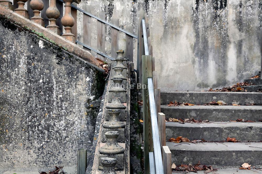 grand stairs in disrepair