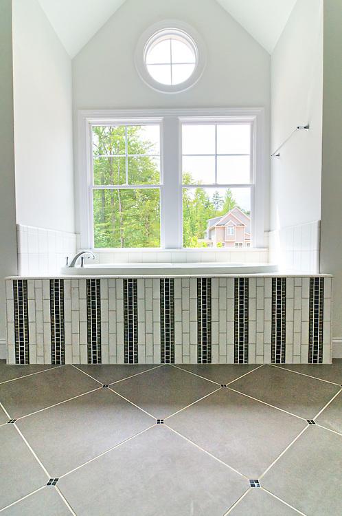 Chapel Hill Bath<br /> Zinn Design Build
