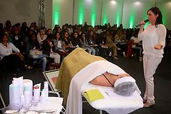 Congresso de Estética sobre remodelagem dérmica não ablativa durante a Hair Brasil 2013 - 12 ª Feira Internacional de Beleza, Cabelos e Estética, que acontece de 06 a 09 de abril no Expocenter Norte, em São Paulo. FOTO: Jefferson Bernardes/Preview.com