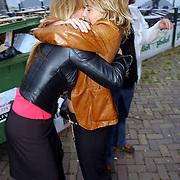 NLD/Amsterdam/20050808 - Deelnemers Sterrenslag 2005, Fleur van der Kieft en Manon Thomas