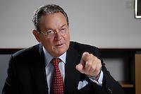 31 JUN 2007, BERLIN/GERMANY:<br /> Juergen Thumann, Praesident Bundesverband der Deutschen Industrie, BDI, und Vorsitzender des Gesellschafterausschusses der Heitkamp & Thumann Group, waehrend einem Interview, Haus der Wirtschaft<br /> IMAGE: 20070731-01-044<br /> KEYWORDS: Jürgen Thumann