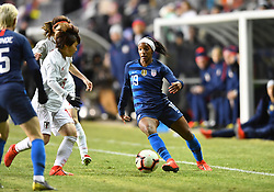 February 27, 2019 - Chester, PA, U.S. - CHESTER, PA - FEBRUARY 27: US Forward Crystal Dunn (19) moves the ball down the sideline in the second half during the She Believes Cup game between Japan and the United States on February 27, 2019 at Talen Energy Stadium in Chester, PA. (Photo by Kyle Ross/Icon Sportswire) (Credit Image: © Kyle Ross/Icon SMI via ZUMA Press)