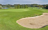 VELSEN - Hole E5 van Openbare golfbaan Spaarnwoude. Copyright KOEN SUYK