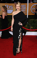 Claire Danes arrives at the 19th Annual Screen Actors Guild (SAG) Awards at the Shrine Exposition Center in Los Angeles, CA, USA on January 27, 2013. She is wearing a dress and shoes by Givenchy. Photo by Lionel Hahn/ABACAPRESS.COM  | 350013_183 Los Angeles u Etats-Unis United States