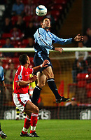 Fotball<br /> England Premier League<br /> Foto: SBI/Digitalsport<br /> NORWAY ONLY<br /> <br /> Charlton Athletic V Southampton. 13/9/2004.<br /> <br /> Charlton Athletic's Raostin Kishishev and Southampton's Rory Delap