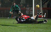 Photo: Mark Stephenson.<br />Cheltenham Town v Bristol City. Coca Cola League 1. 23/12/2006.<br />Cheltenham's Michael Townsend defend's his goal.