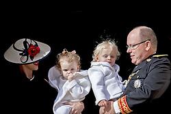 Fürst Albert und Fürstin Charlene mit Sohn Prinz Jacques und Tochter Prinzessin Gabriella bei den Feierlichkeiten zum Nationalfeiertag in Monaco / 191116<br /> <br /> ***National Day in Monaco, November 19th, 2016***