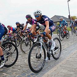 04-04-2021: Wielrennen: Ronde van Vlaanderen (Vrouwen): Oudenaarde<br />Sanne Cant, Ellen van Dijk, Haaghoek