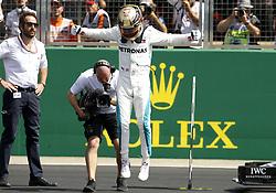 July 7, 2018 - Silverstone, Great Britain - Motorsports: FIA Formula One World Championship 2018, Grand Prix of Great Britain, .#44 Lewis Hamilton (GBR, Mercedes AMG Petronas Motorsport) (Credit Image: © Hoch Zwei via ZUMA Wire)