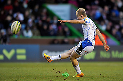Will Homer of Bath Rugby kicks for the posts - Photo mandatory by-line: Patrick Khachfe/JMP - Mobile: 07966 386802 31/01/2015 - SPORT - RUGBY UNION - London - The Twickenham Stoop - Harlequins v Bath Rugby - LV= Cup