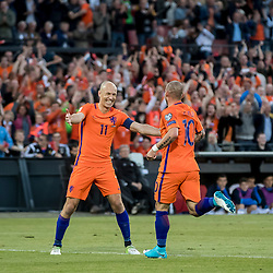 09.06.2017, De Kuip Stadium, Rotterdam, NED, FIFA WM 2018 Qualifikation, Niederlande vs Luxemburg, Gruppe A, im Bild Wesley Sneijder of Netherlands (R) has scored 2-0, Arjen Robben (L) // Wesley Sneijder of Netherlands (R) has scored 2-0, Arjen Robben (L) during the FIFA World Cup 2018, group A qualifying match between Netherlands and Luxemburg at the De Kuip Stadium in Rotterdam, Netherlands on 2017/06/09. EXPA Pictures © 2017, PhotoCredit: EXPA/ Focus Images/ Joep Joseph Leenen<br /> <br /> *****ATTENTION - for AUT, GER, FRA, ITA, SUI, POL, CRO, SLO only*****
