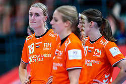 Kelly Dulfer of Netherlands disappointed after the Women's EHF Euro 2020 match between Croatia and Netherlands at Sydbank Arena on december 06, 2020 in Kolding, Denmark (Photo by RHF Agency/Ronald Hoogendoorn)