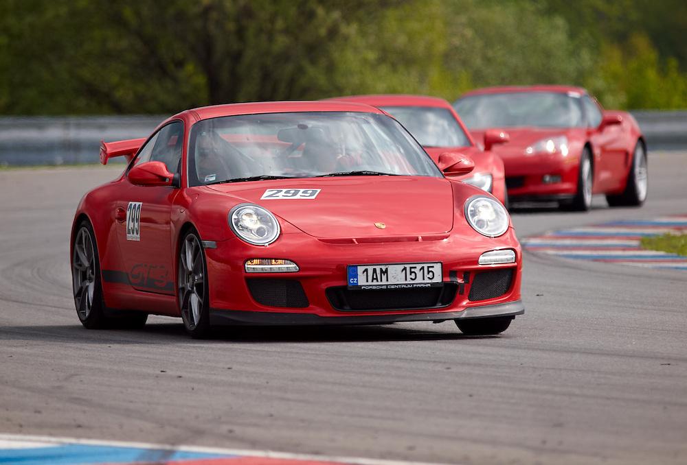 Race days - Porsche 911 GT3,  Audi R8, Chevrolet Corvette C6 chase